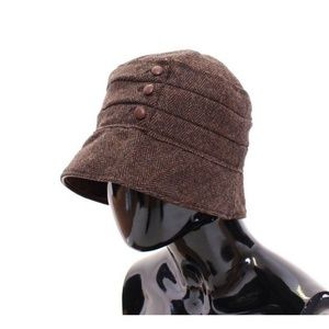 Dolce & Gabbana Accessories - D10203-2 Brown Wool Leather Bucket Hat Cappello